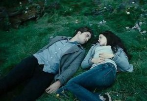 Twilight, Film, Movie, Review, The Flawed Guru